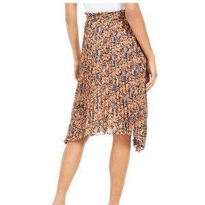 Lucy Paris Skirts - NWT Lucy Paris asymmetrical hem floral skirt